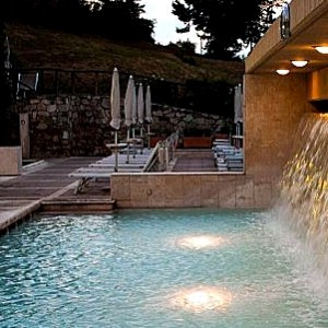 piscina Grotta Giusti