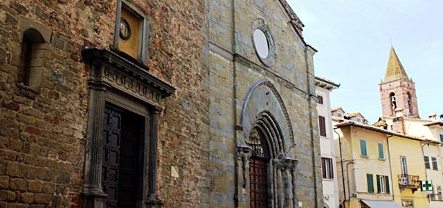 monte san savino chiese centro storico