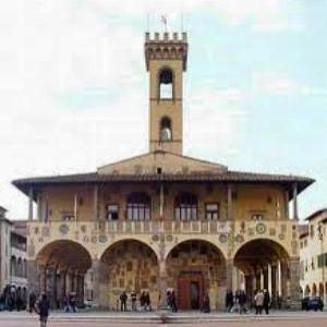 palazzo arnolfo