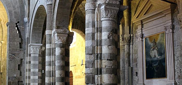 Duomo di Sovana interno
