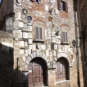 palazzo pretorio campiglia marittima