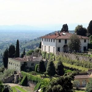 Villa_medici_di_belcanto,_veduta_00