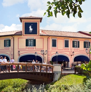 The best Outlet Shopping - Tuscanysweetlife