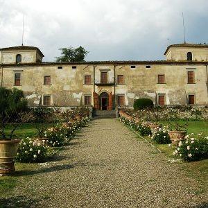 villa medicea lilliano