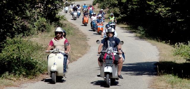 Tour in Vespa - Tuscany - Toscana - Italy