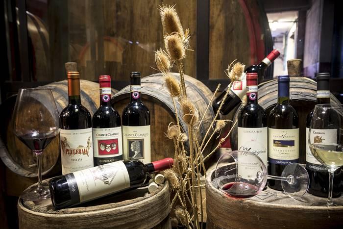 Geografico Wine Shop - San Gimignano
