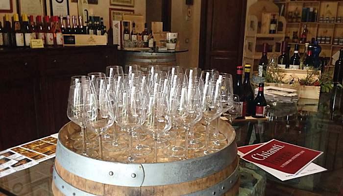 Wine tasting Usiglian del Vescovo