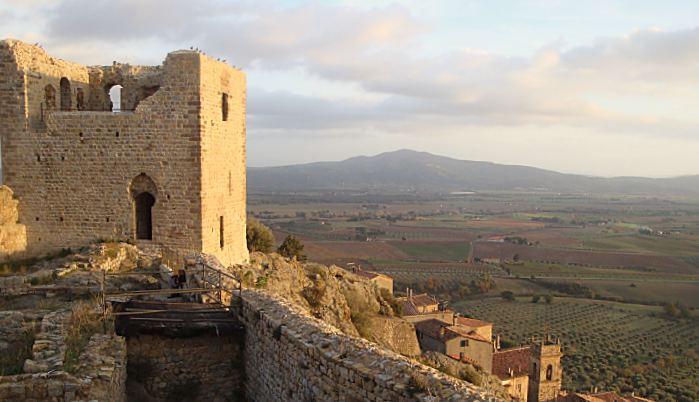 Roccastrada - castello di Montemassi