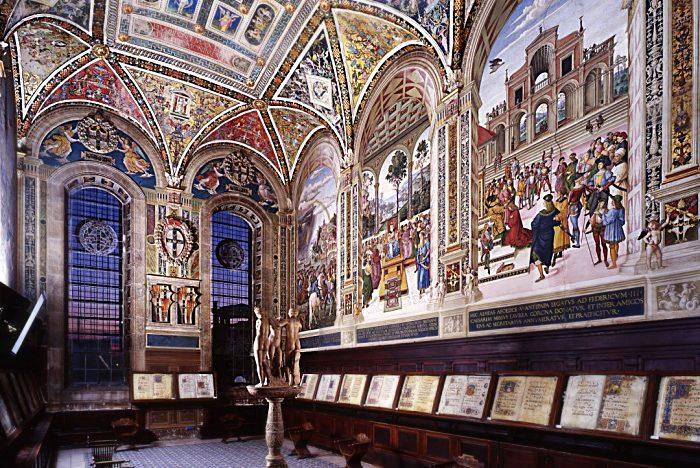Libreria Piccolomini - Siena