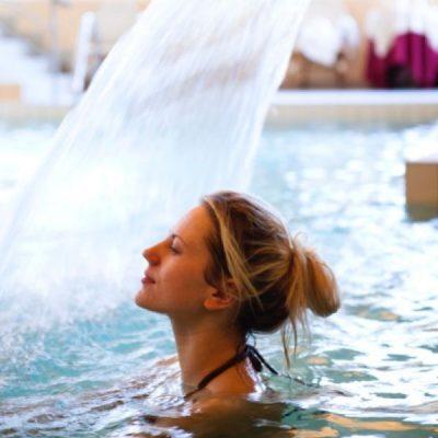 particolare piscina Terme Bagni di Lucca