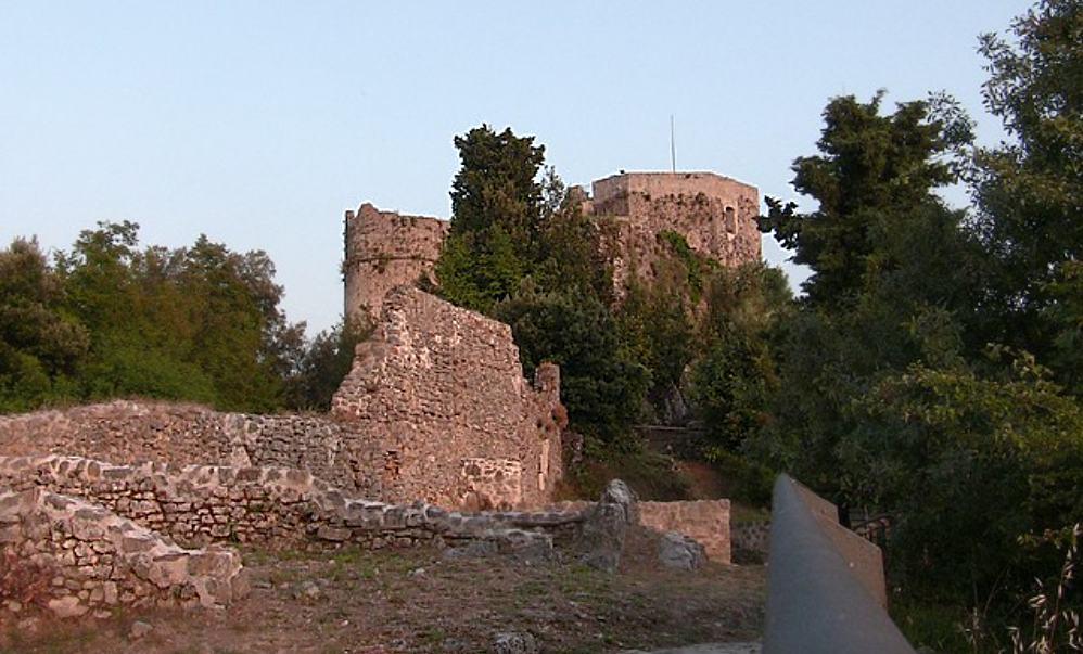 Castello di Agninolfi - Montignoso