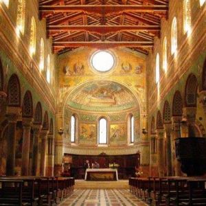 interno del Duomo di Chiusi