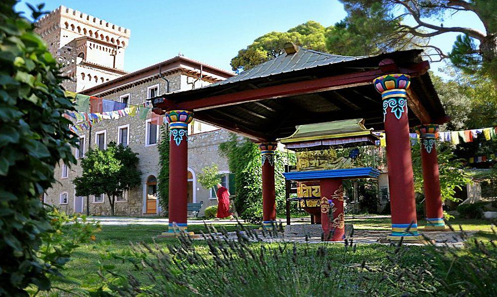 Santa Luce - tempio buddista