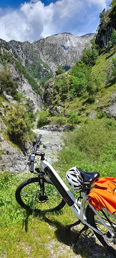 Tour Mare Monti Mare