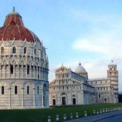 """Pizza del Duomo o """"Piazza dei Miracoli"""""""