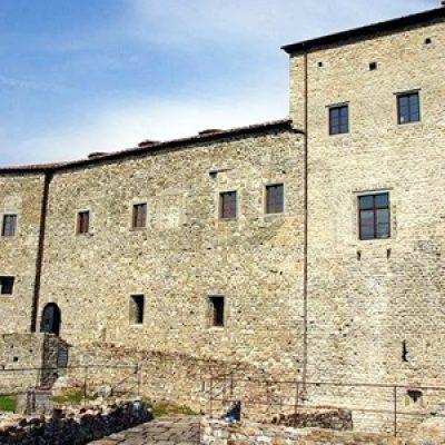 Borgo di Gragnola e Castello dell'Aquila