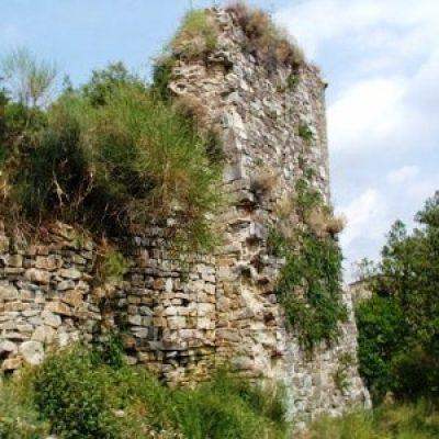 Castello di Monternano (ruderi)